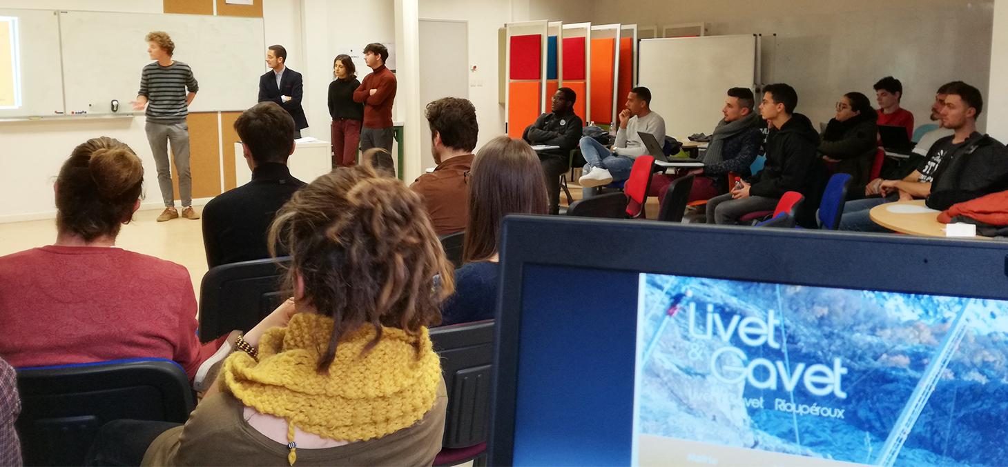 Les étudiants de la licence 3 SHA présentent leurs projets