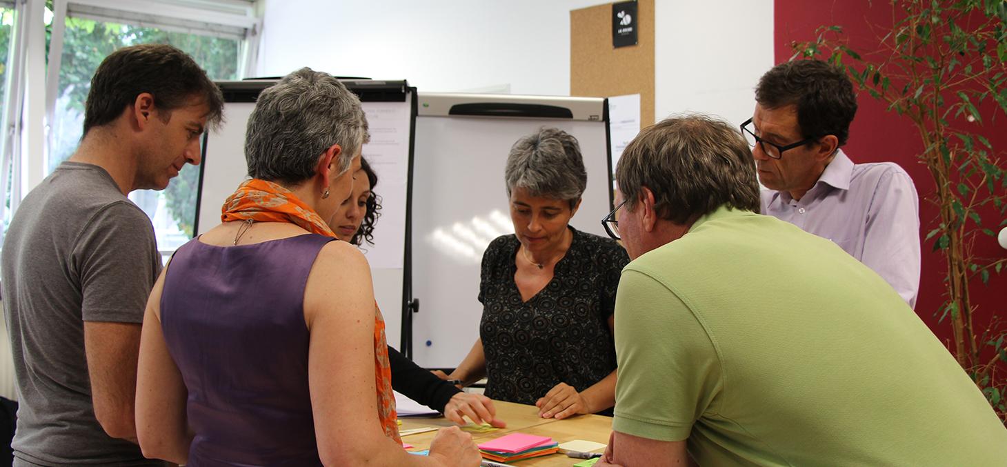 Sophie Guichard, chargée de projet et responsable Technique IDEFI ULab à l'Université de Bordeaux, Sandra Lalanne, ingénieure pédagogique multimédia, animatrice LearningLab Network