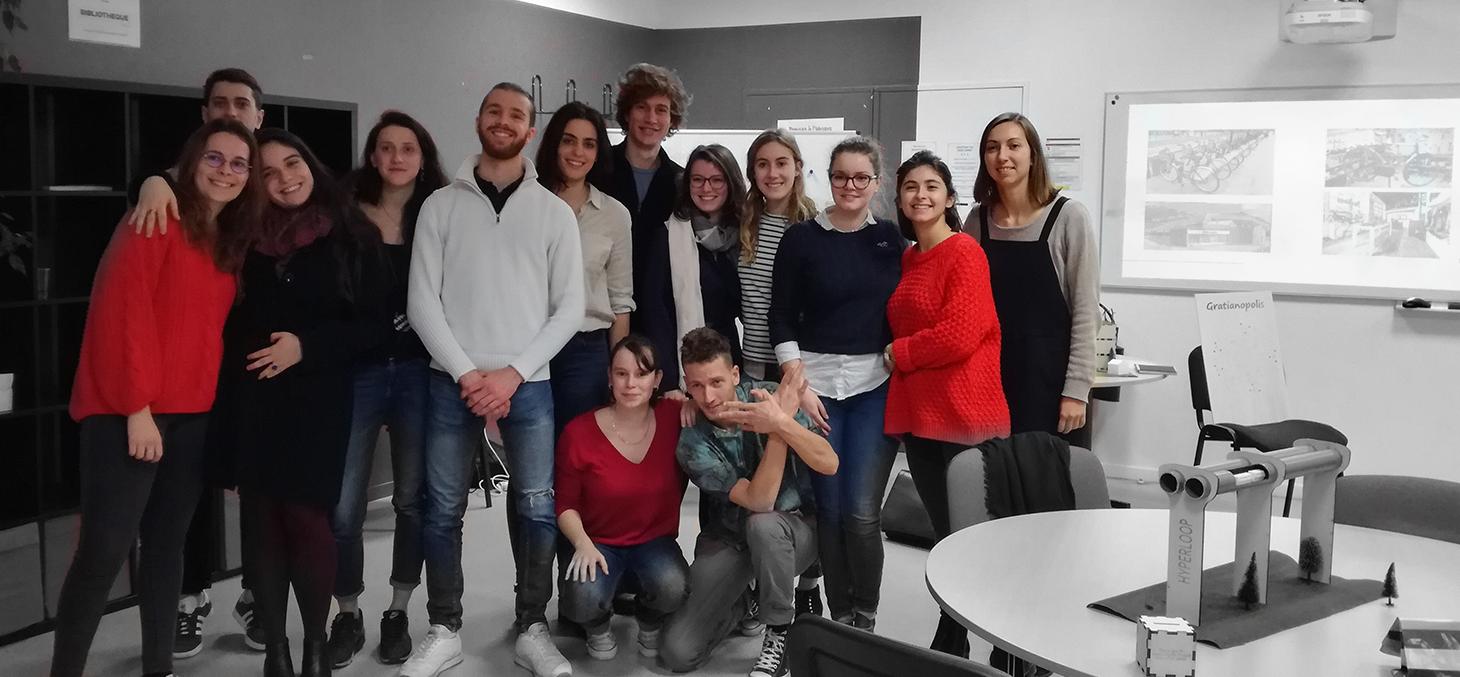 Les étudiants de Master « Administration et action publique, technique, sciences et décisions » de l'IEP