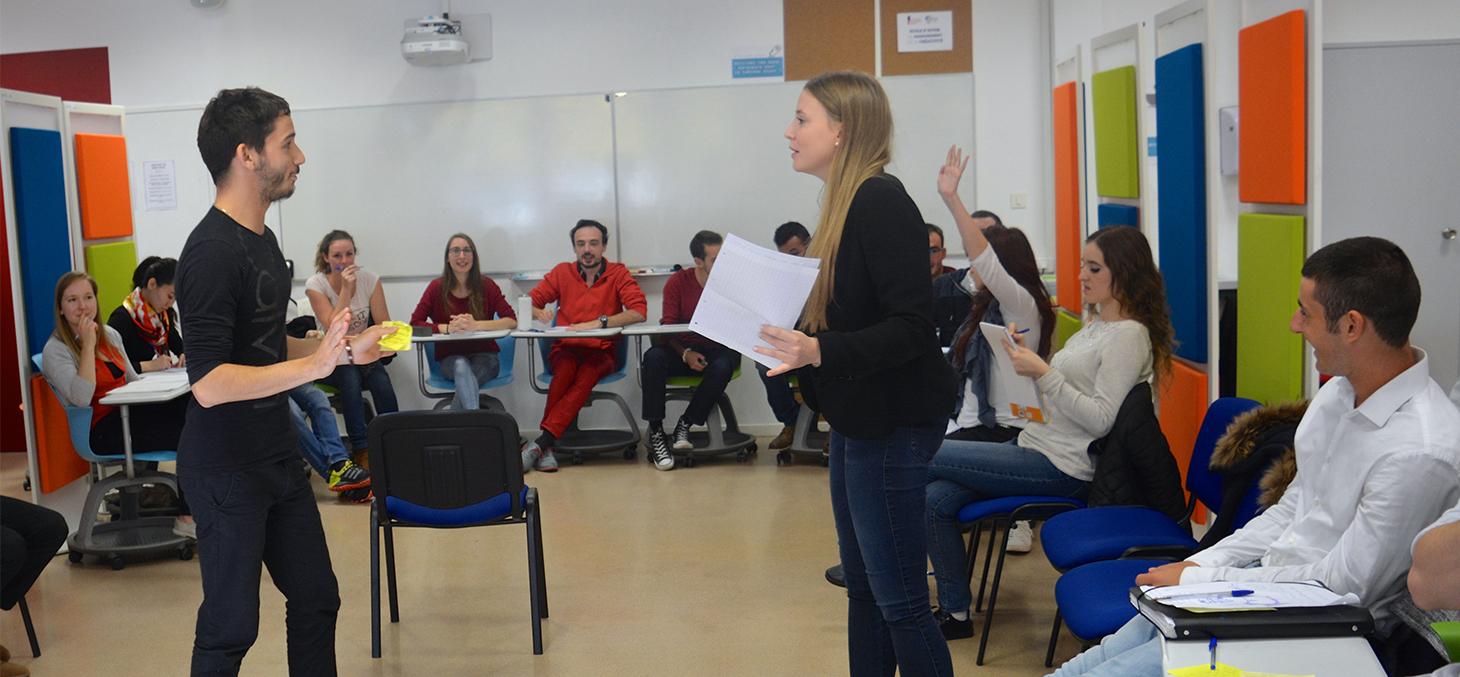 Les étudiants reconstituent le procès de Galilée